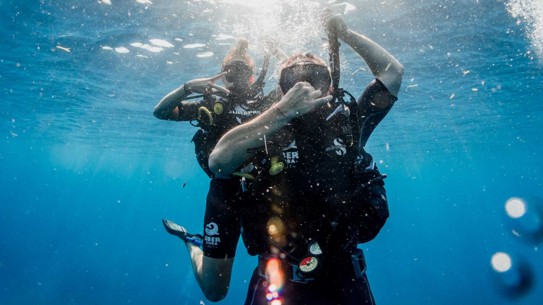 Pros and cons of being a SCUBA Divemaster
